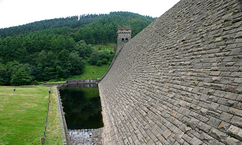 The crest of the Derwent Dam