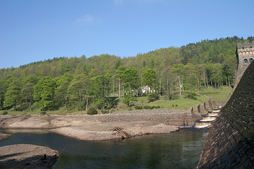 The Howden dam on drain