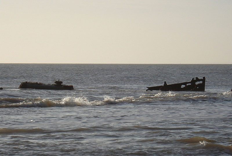 "Wreck of ""Carbon"" off Compton Bay"