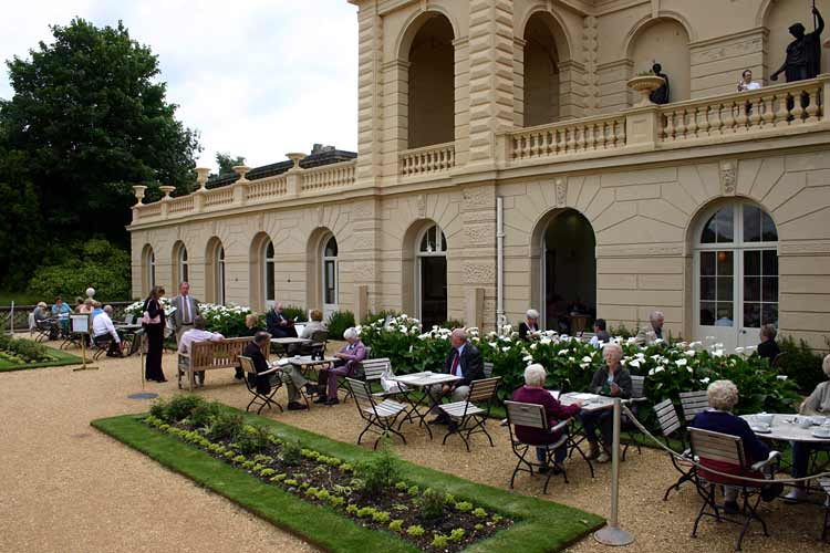 Osborne house picture gallery page1 for The terrace bar